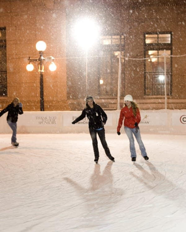 St. Paul ice skaters