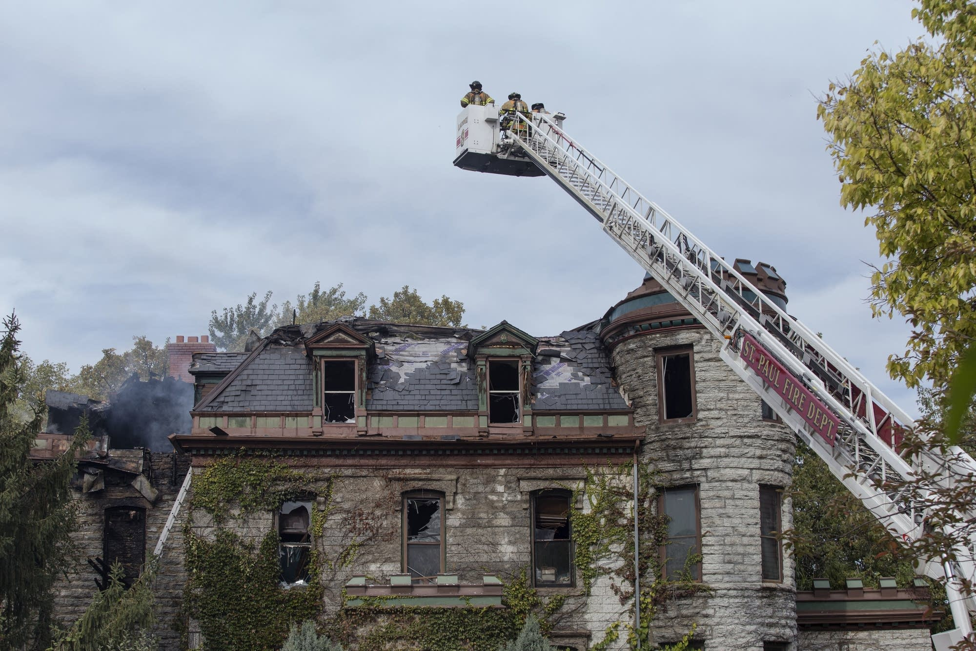A historic house set fire today in Saint Paul near the St. Paul Cathedral.