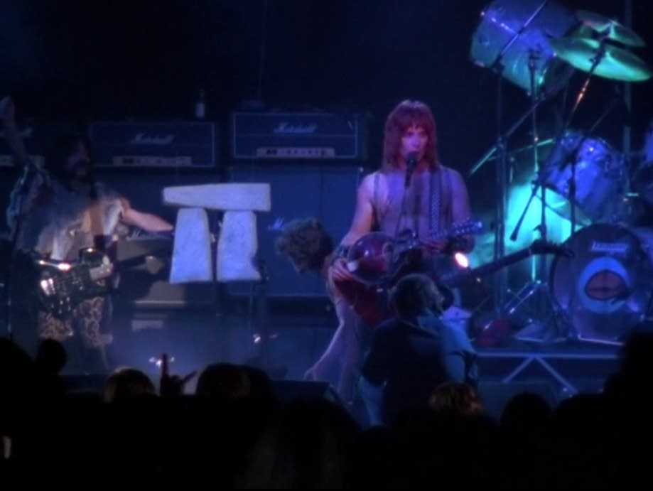 Spinal Tap and their 18-inch Stonehenge