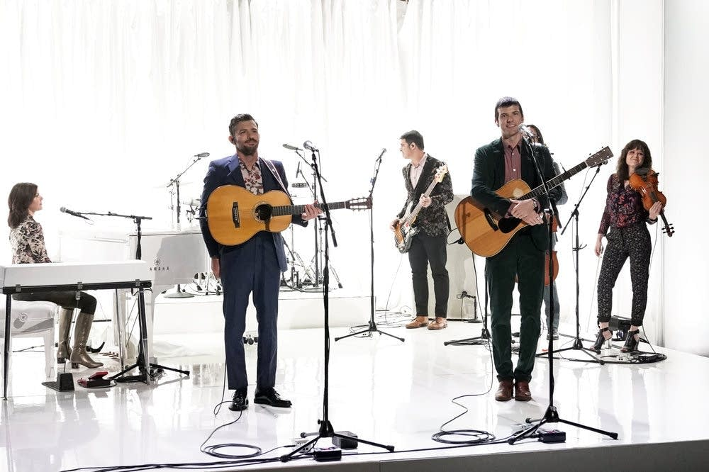 The Avett Brothers perform on 'The Tonight Show Starring Jimmy Fallon'