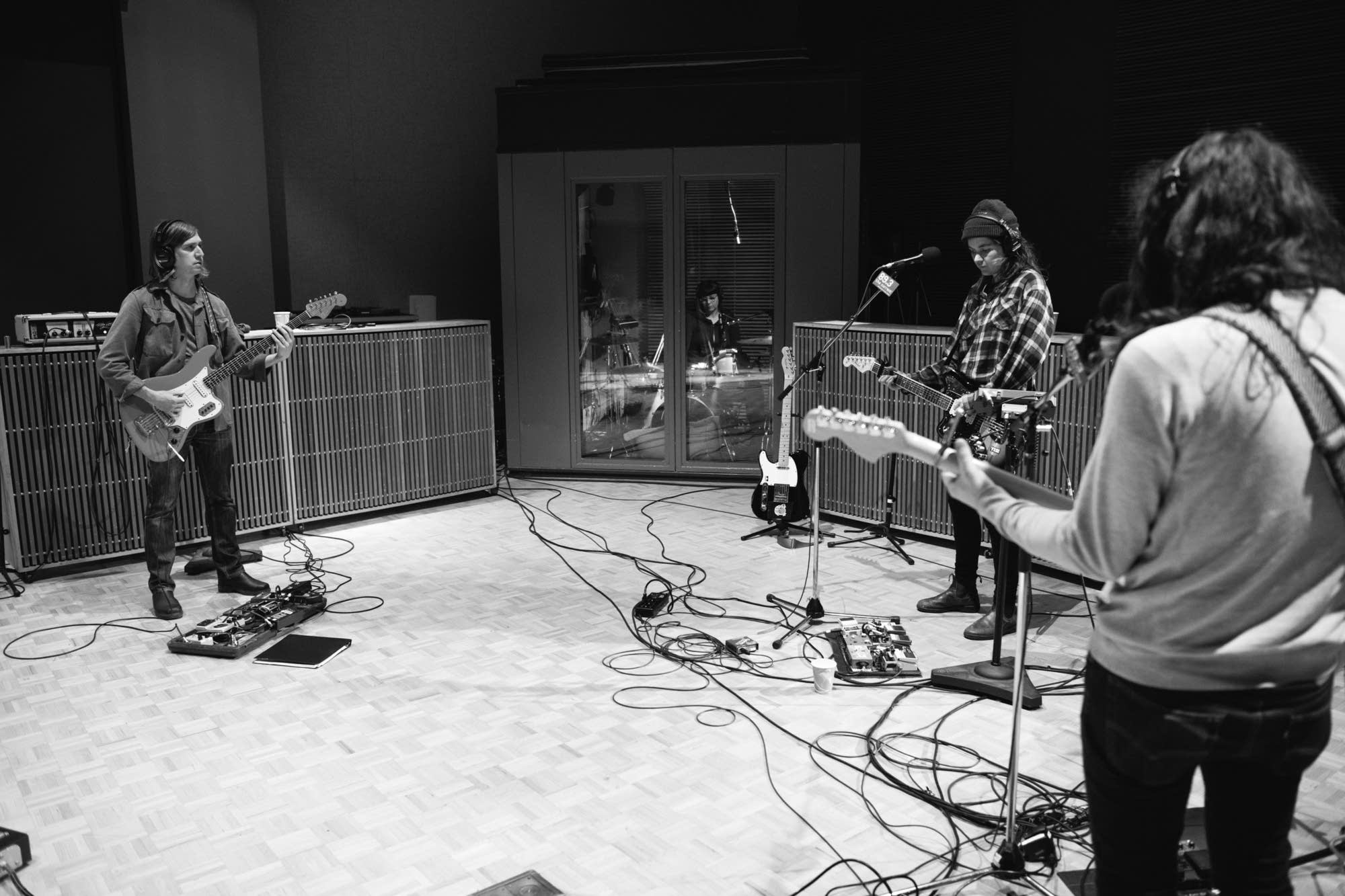 Kurt Vile and Courtney Barnett perform in The Current studio