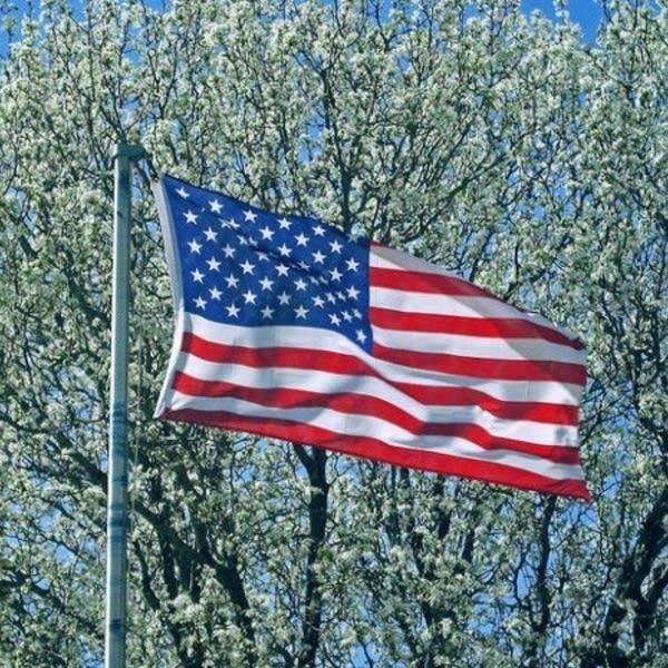 american-flag-620x465.jpg