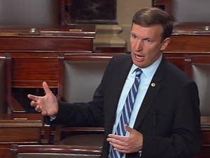 Sen. Chris Murphy speaks on the Senate floor