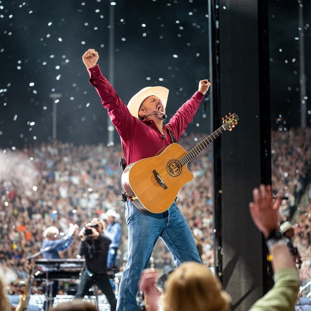 Garth Brooks is bringing his energy to a new type of drive-in concert.