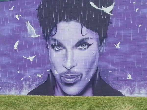 Prince mural 2 cu