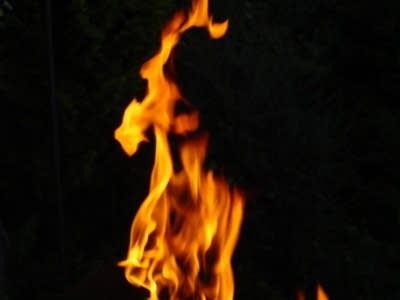 726bec 20140310 flames