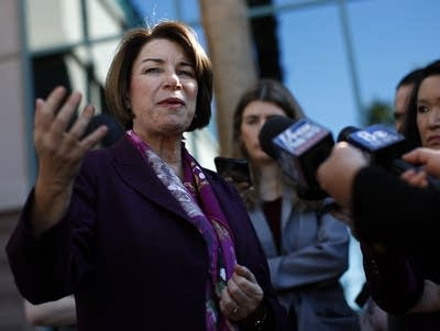 Klobuchar struggles in Nevada to maintain momentum
