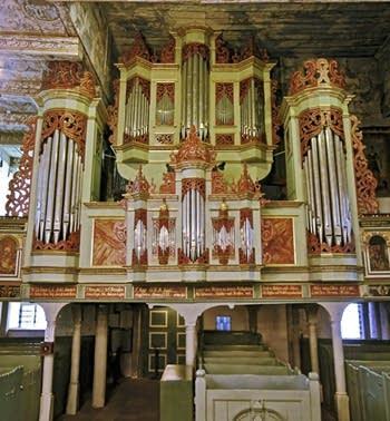 1599 Wilde; 1682 Schnitger organ at St. Jacobi Church, Lüdingworth, Germany