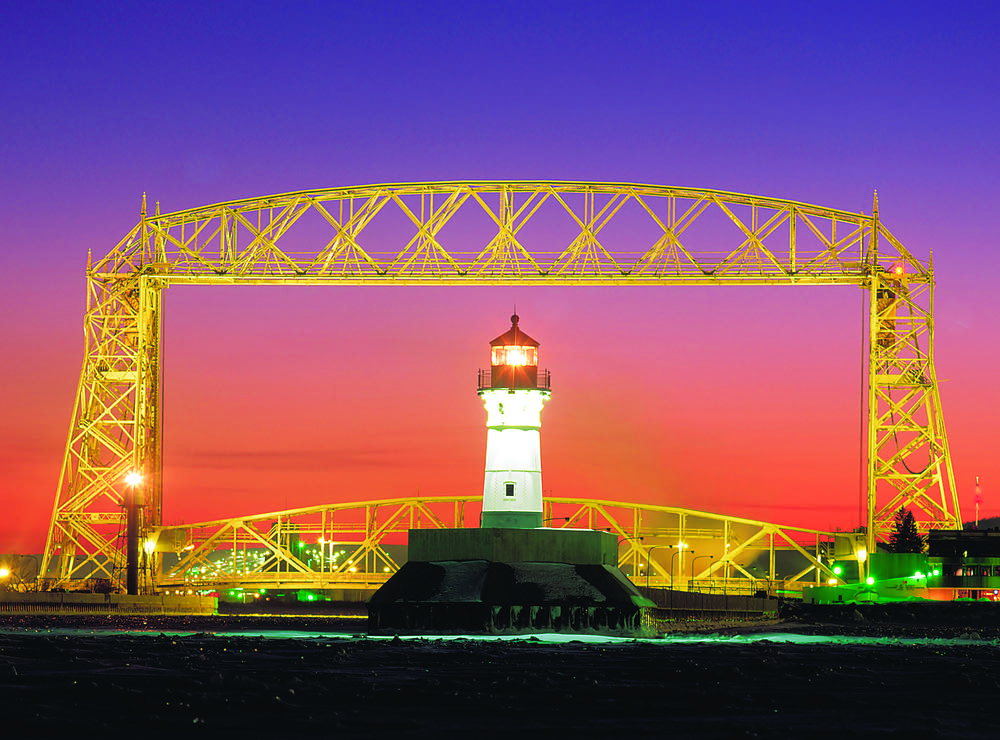 Duluth's aerial lift bridge