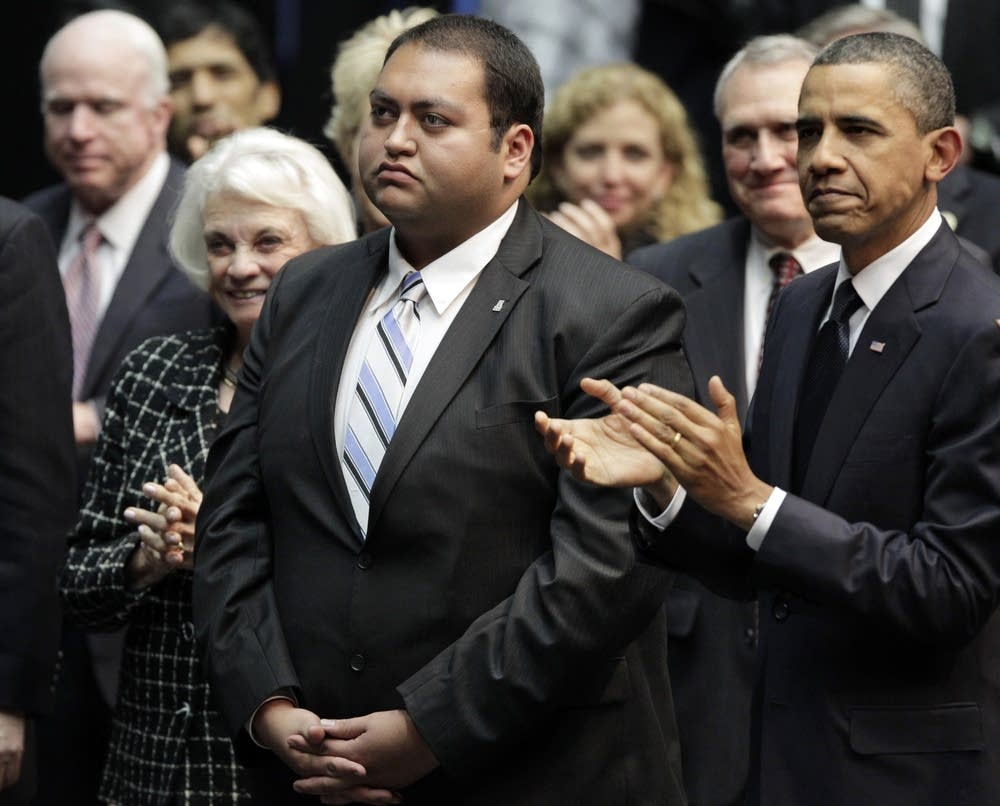 Barack Obama, Daniel Hernandez