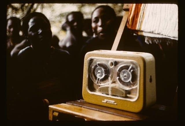 stuzzi, recording device, faces