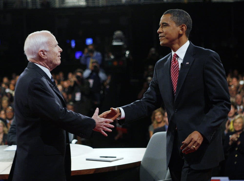 McCain and Obama shake before the debate