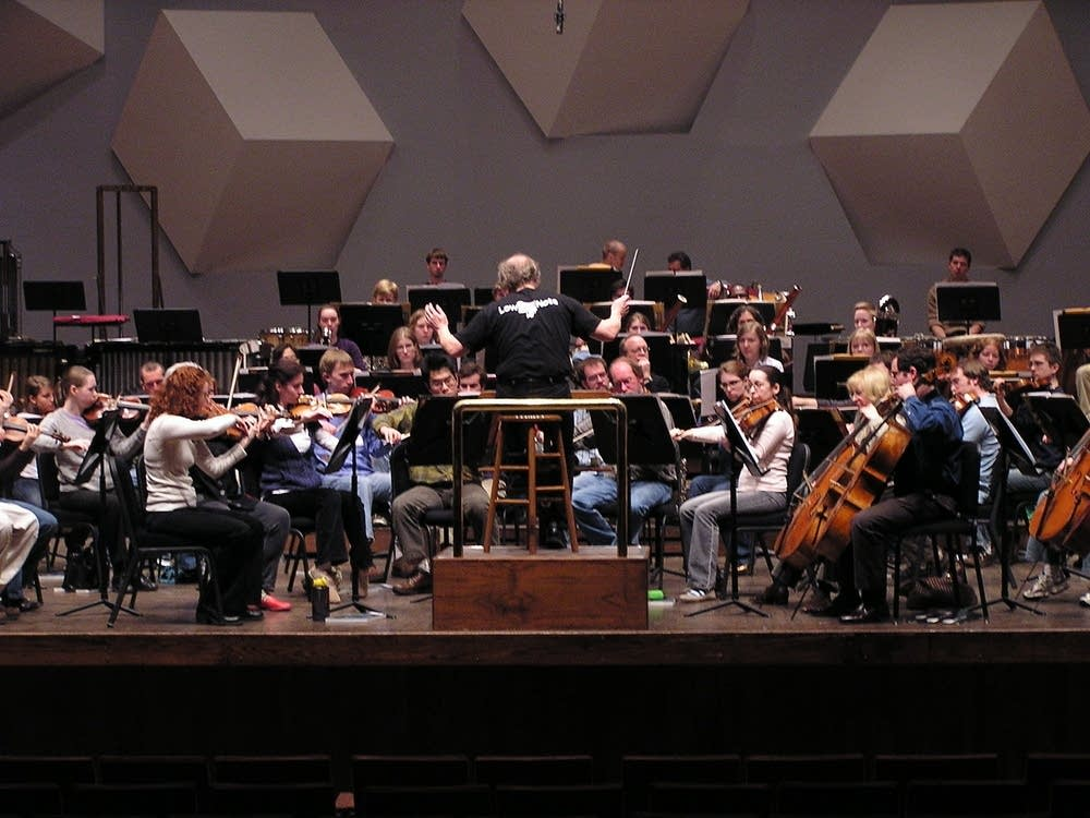 Vanska and orchestra