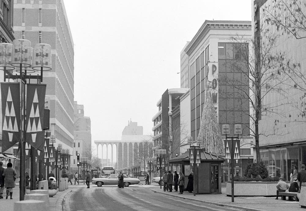 A winter scene on Nicollet Mall