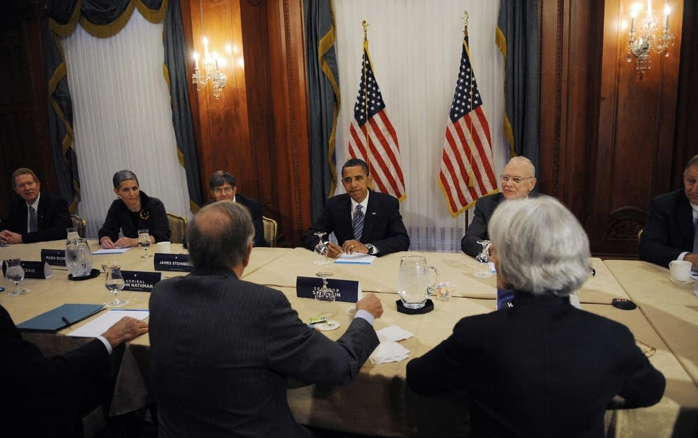 Barack Obama speaking at foreign policy meeting