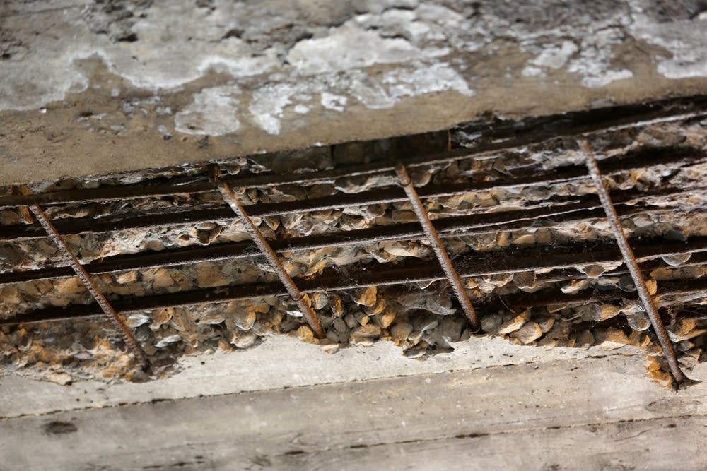 Exposed reinforcement bar