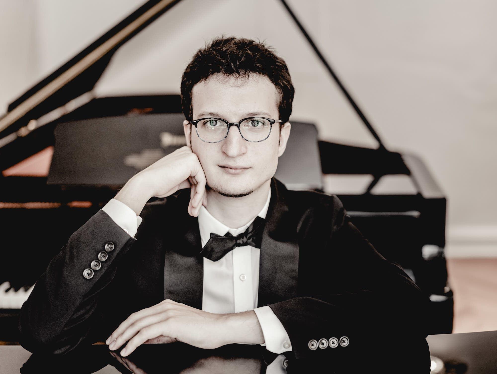 Pianist Rodolfo Leone