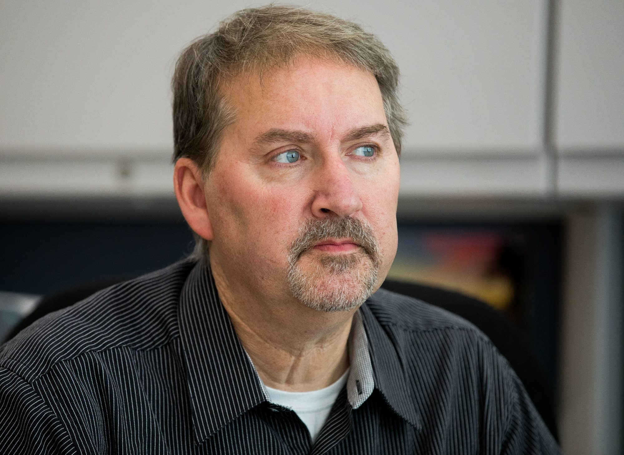 Brainerd Dispatch publisher Pete Mohs talks about distrust of the media.