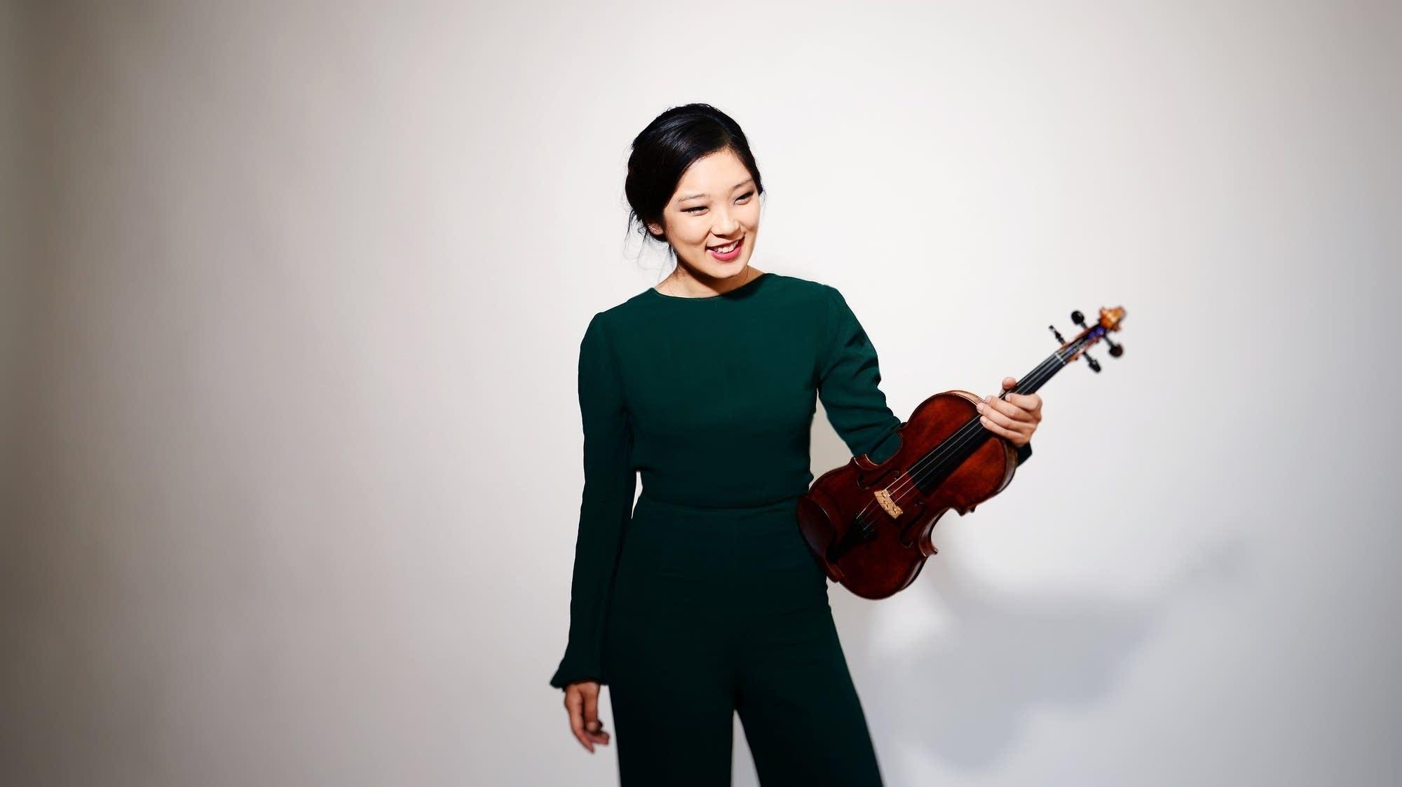 Violinist Grace Park