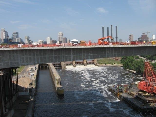 35W bridge span
