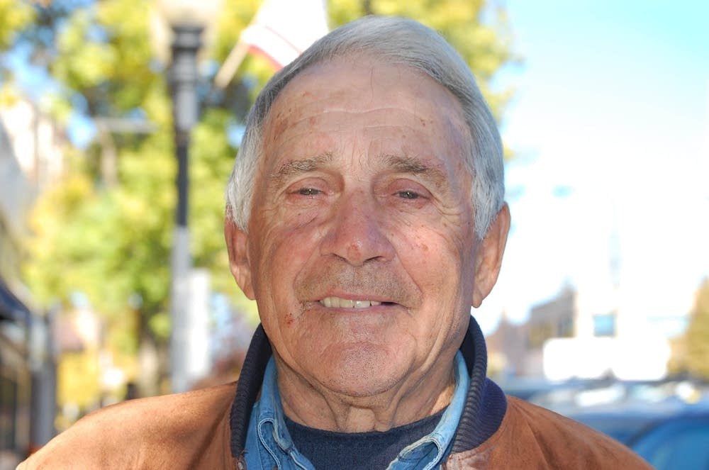 State Sen. Bob Lessard