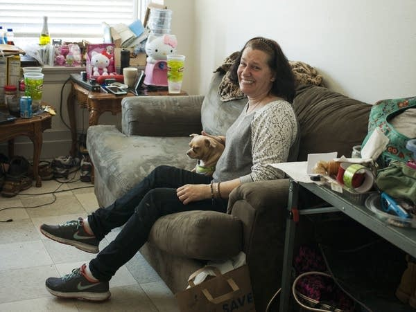 Shannon McCarty in her new apartment in Everett, Wash.