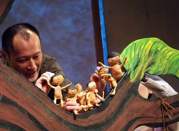 Puppeteer Masanari Kawahara and puppets