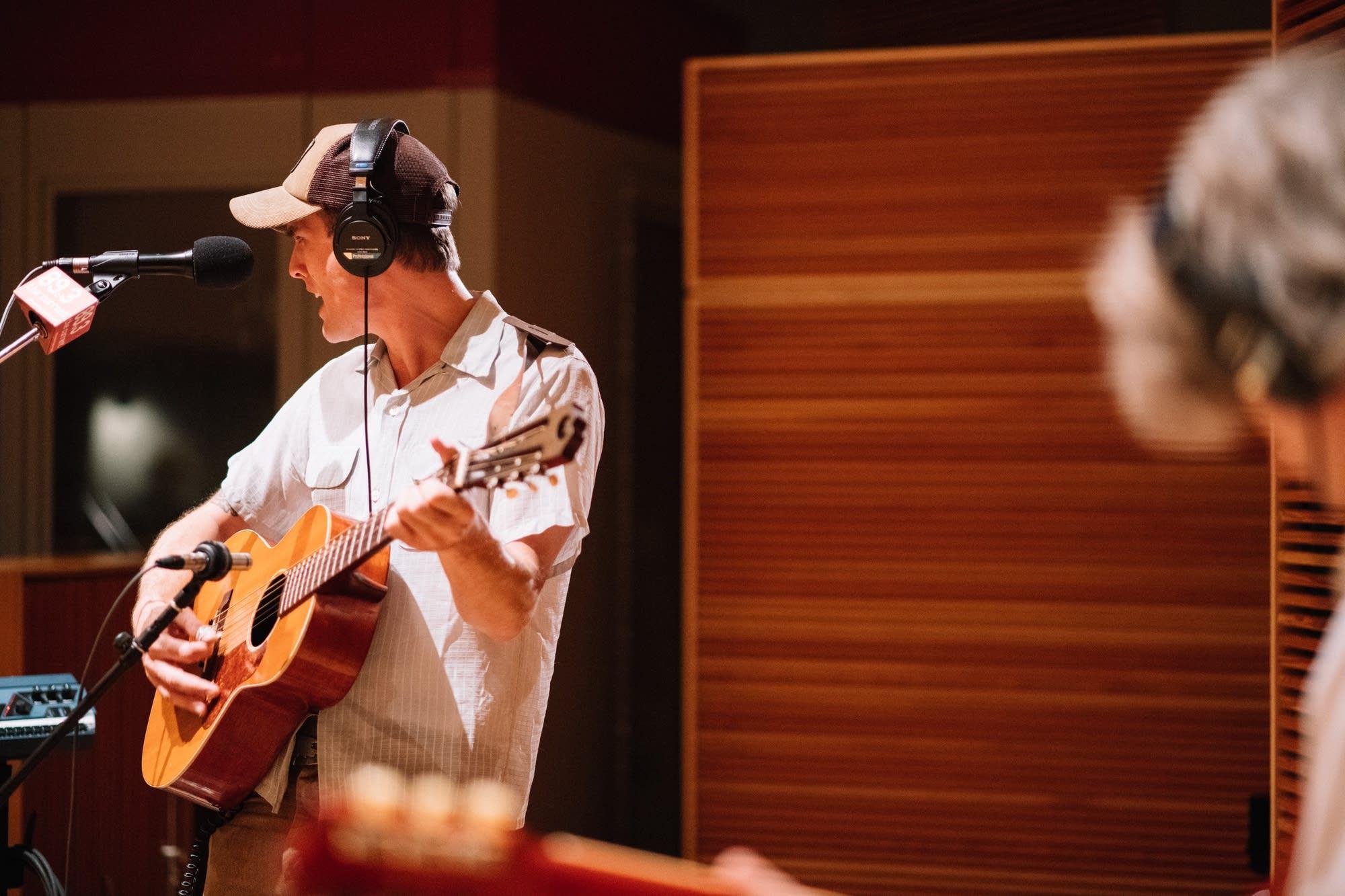 Jack Klatt performs at Radio Heartland