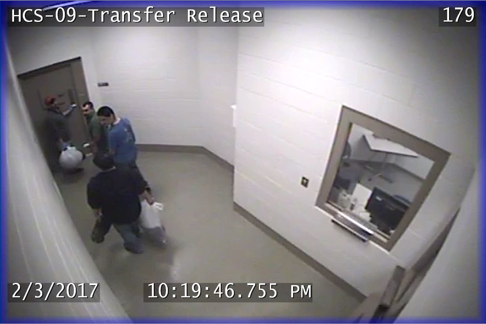 Vicente Guerrero-Fernandez and Julio Salazar Vega leaving jail
