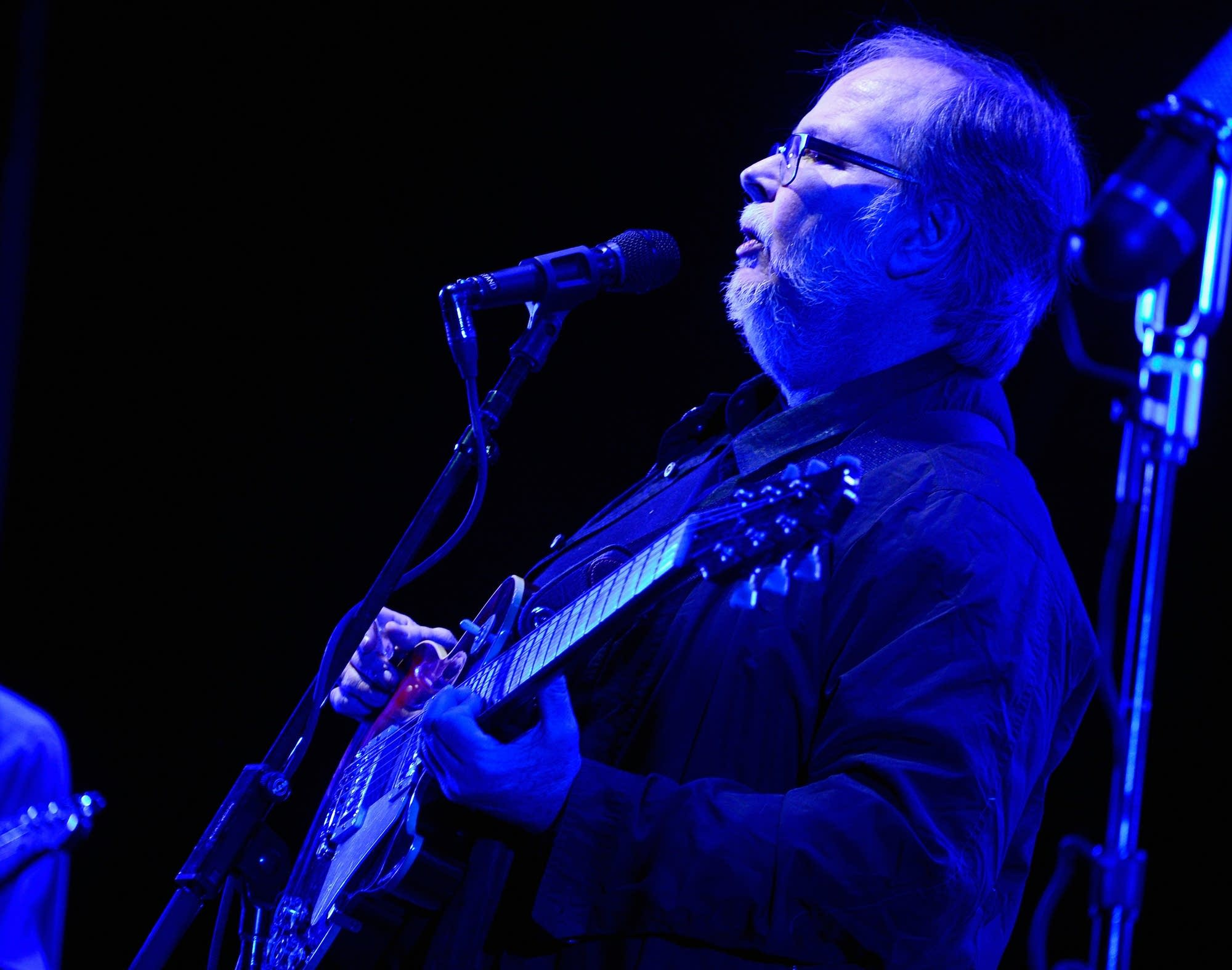 Walter Becker performs with Steely Dan at Coachella in 2015.