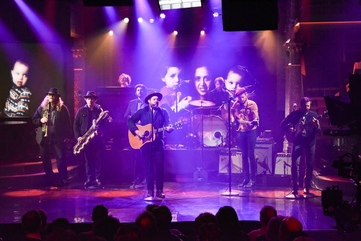 Nathaniel Rateliff & the Night Sweats on 'The Late Show'