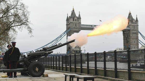 Soldiers fire a 41-round gun salute
