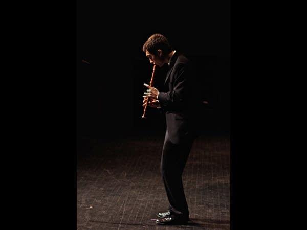 Bryan Duerfeldt performs Vivaldi