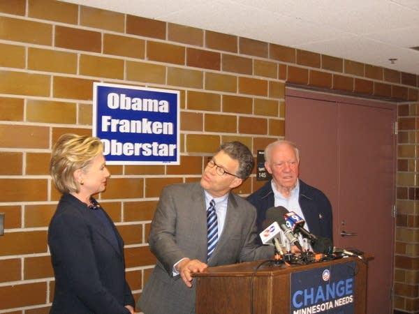 Hillary Clinton campaigns with Al Franken