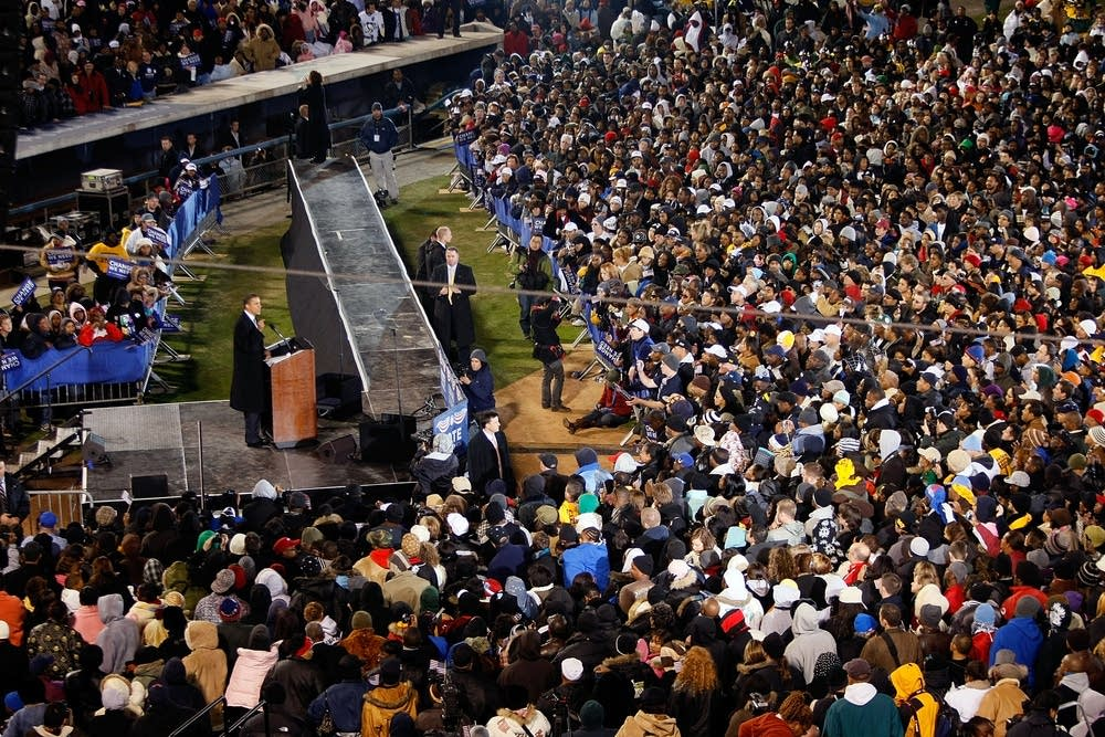 Obama holds a rally in Norfolk, Virginia