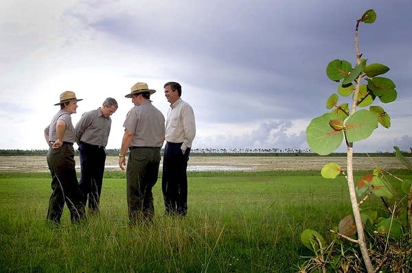 Former President Bush pledges Everglades help