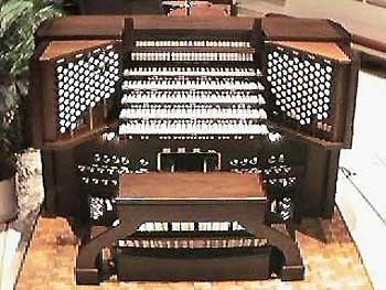 1974 Ruffatti organ console at Coral Ridge Presbyterian Church, Fort...