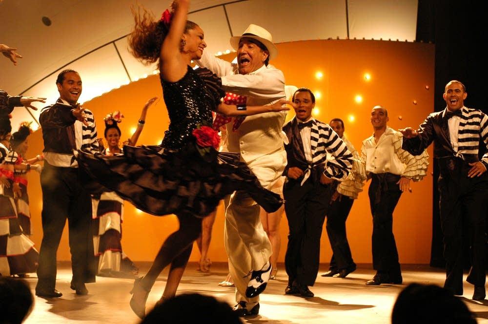"Dancing at ""El Tropico"""