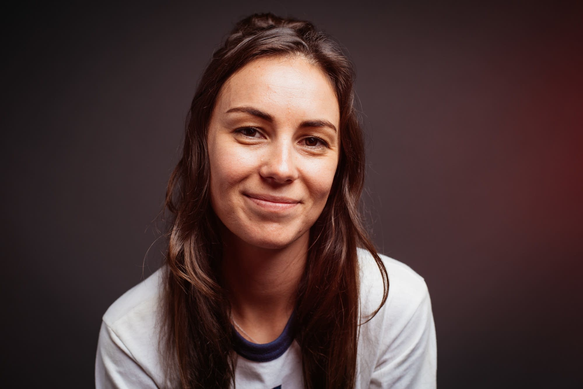 Amy Shark portrait at The Current.