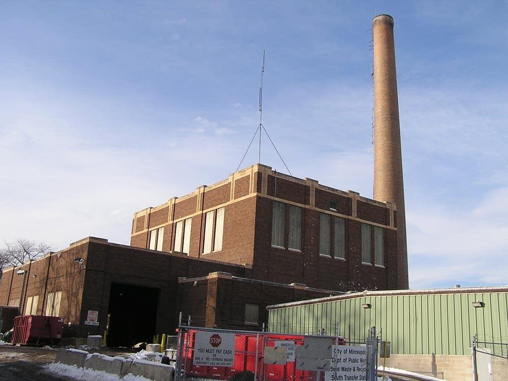 Biomass building
