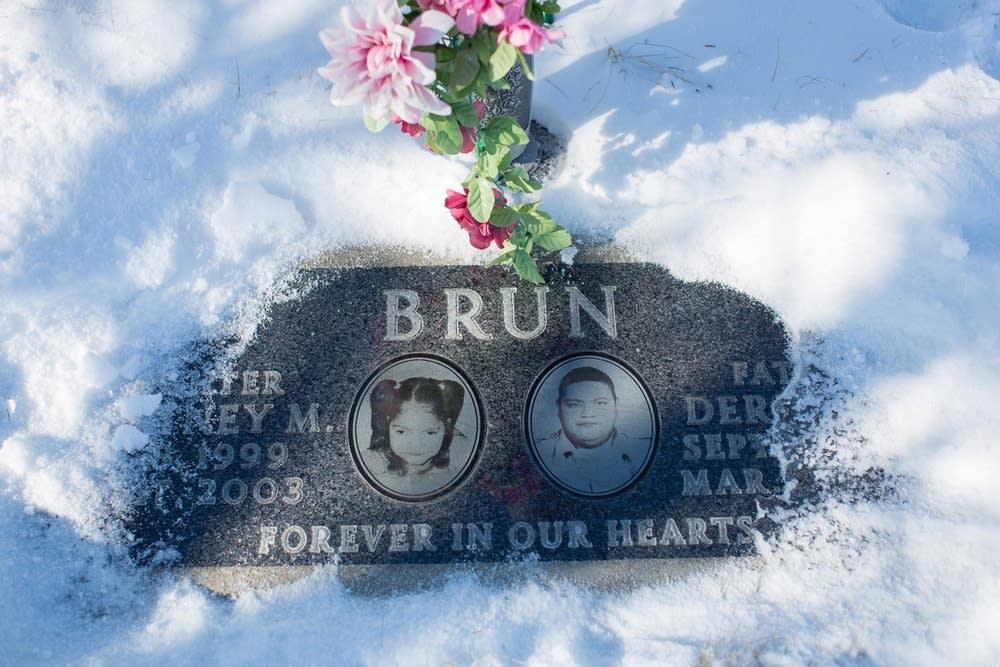 Derrick Brun's grave in Bemidji