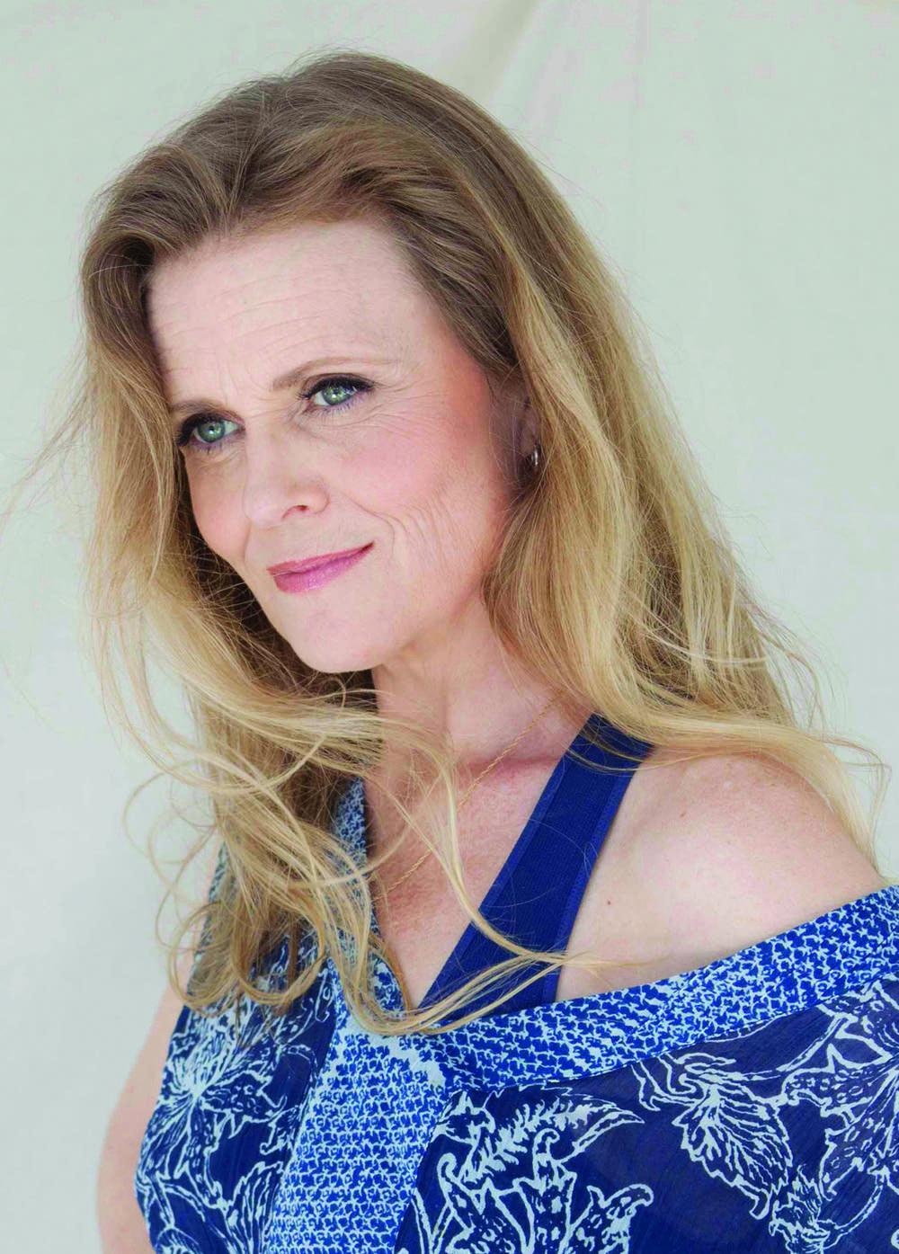 jazz vocalist tierney sutton
