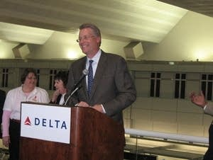 Delta president Ed Bastian visits the Twin Cities