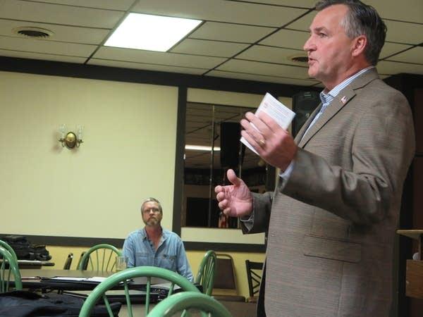 Howe announces bid for Congress
