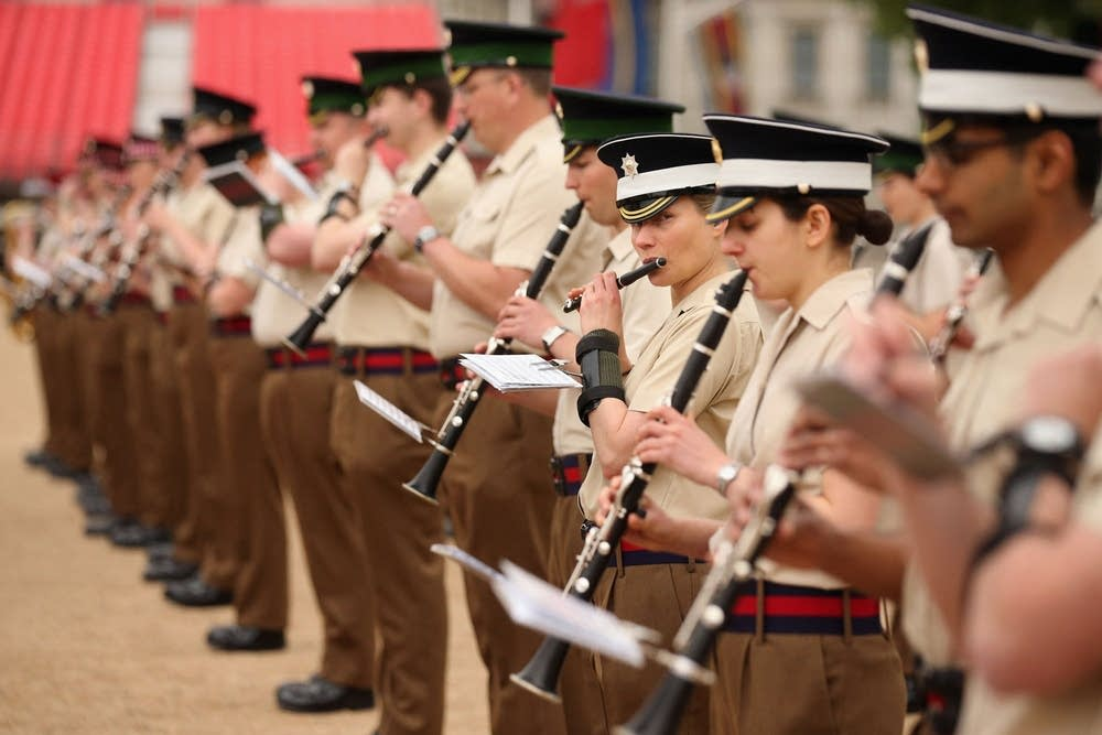 Clarinet players in the army band