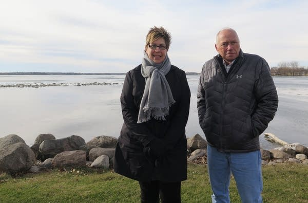 Brenda Boeve and Jonathan Lengkeek, Lake Hendricks Improvement Association