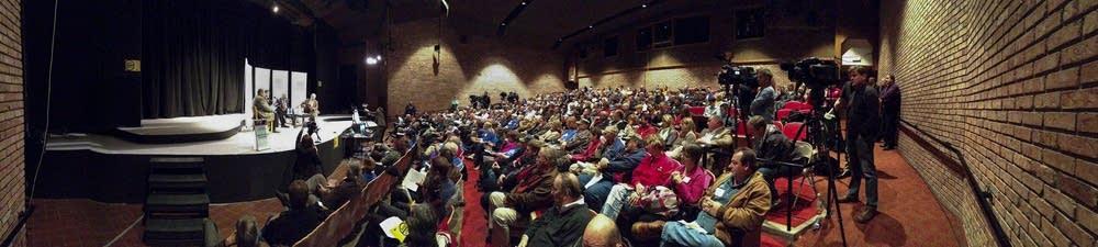 8th District debate panoramic