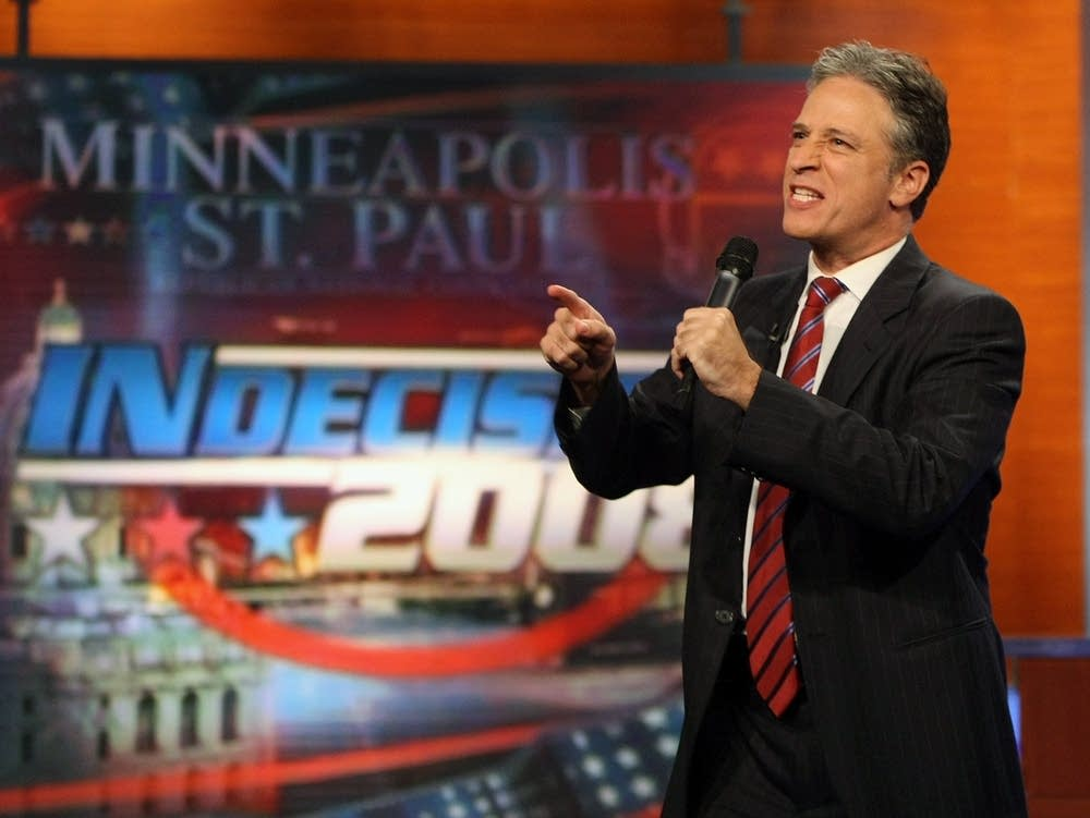 Jon Stewart talks to the St. Paul audience
