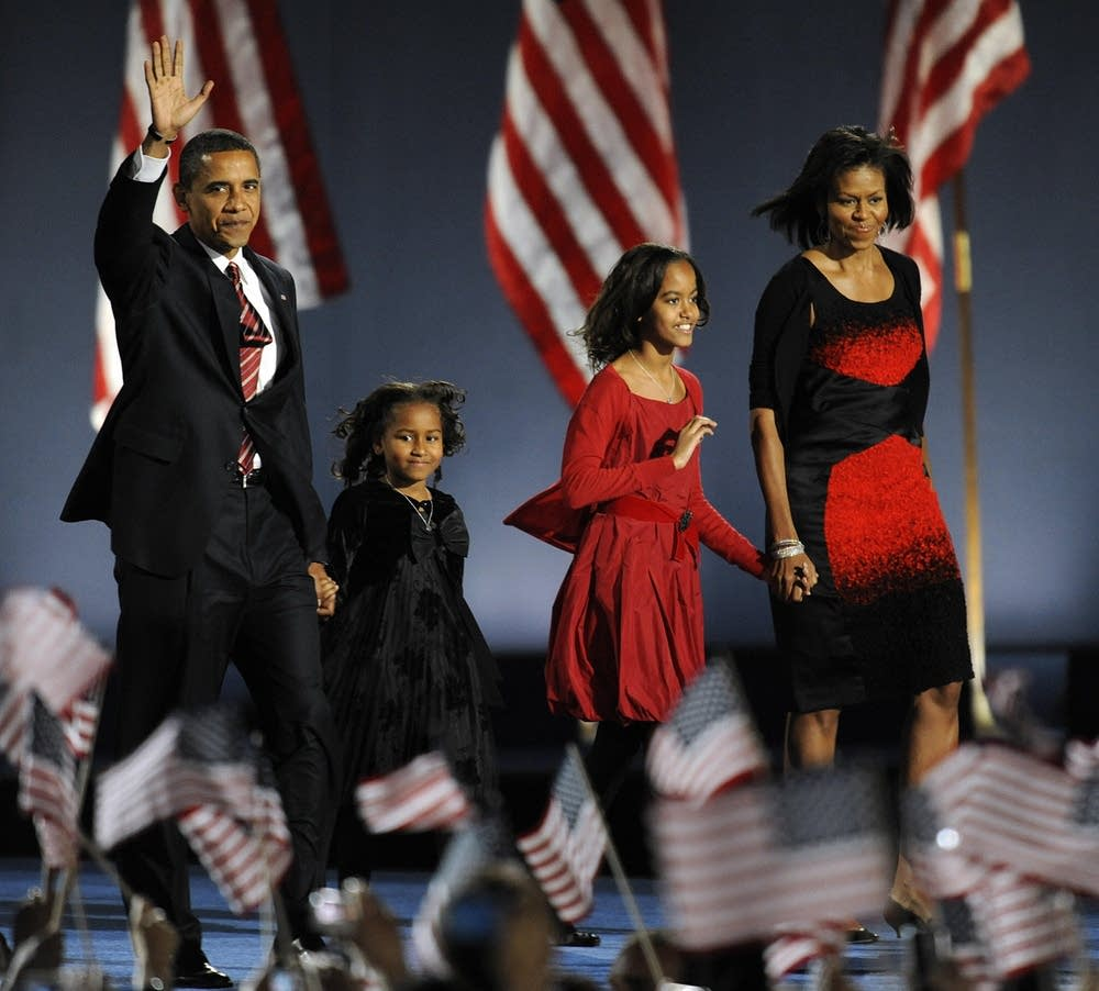 Barack Obama and family take the stage in Chicago