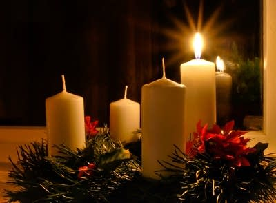 75b9f7 20111129 advent wreath